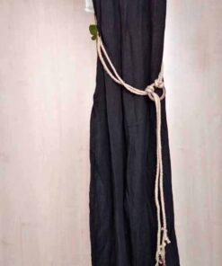 Mono de lino, detalle cinturón