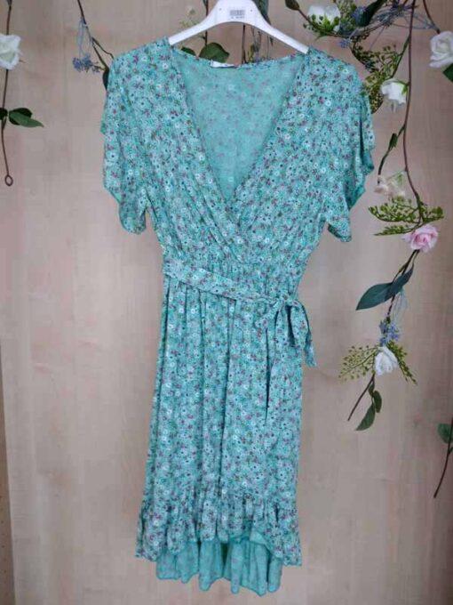 vestido floral con escote en pico
